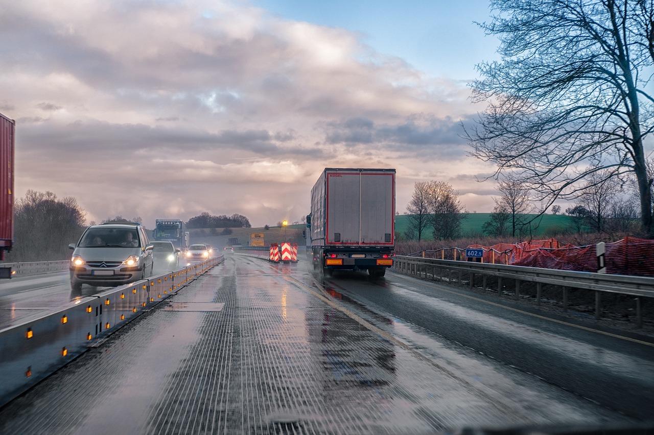 semi-trucks-sharing-road